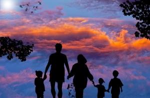 父亲明道理,母亲重感情,就是孩子的幸福