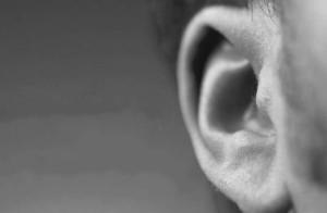 一个舌头两个耳朵:沟通中多听少说