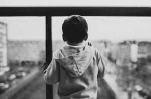 每个叛逆孩子的背后,都有个不肯长大的父母