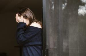 遭遇家庭冷暴力,该如何对待?